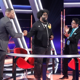 "THE $100,000 PYRAMID - Airdate: June 24, 2018 - Michael Strahan hosts ""The 100,000 Pyramid,"" airing SUNDAYS (9-10PM, ET) on the ABC Television Network. On this episode Snoop Dogg competes against Questlove and in game two Richard Schiff and Nicholas Gonzalez face off. (ABC/Lou Rocco) MICHAEL STRAHAN, QUESTLOVE, ARCHITH SESHADRI"